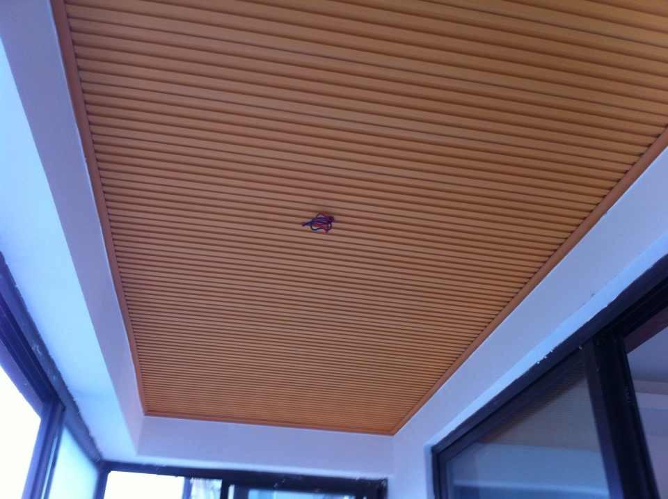 蓝光锦绣城阳台装修吊顶图