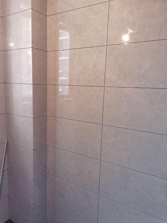 成都永立新城装修施工现场图(防水+贴砖)
