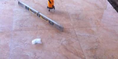 华润凤凰城装修现场客厅贴砖施工图
