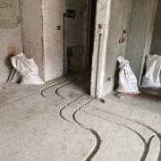 温江明信城水电改造开槽图,成都装修已正式全面复工